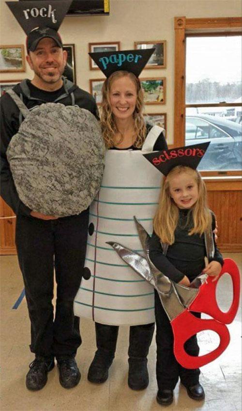 Family-Halloween-Costume-Ideas-2019-10