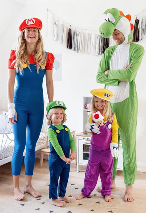 Family-Halloween-Costume-Ideas-2019-4