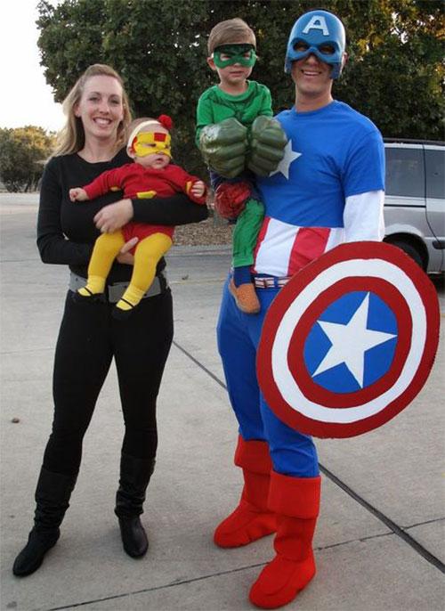 Family-Halloween-Costume-Ideas-2019-6