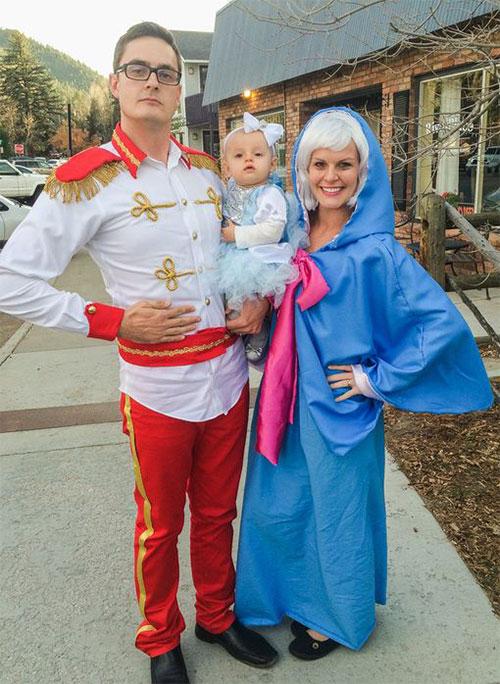 Family-Halloween-Costume-Ideas-2019-7