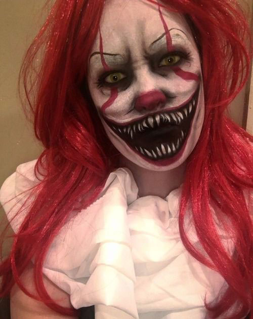 Halloween-Clown-Makeup-Looks-Ideas-For-Girls-Women-2019-12