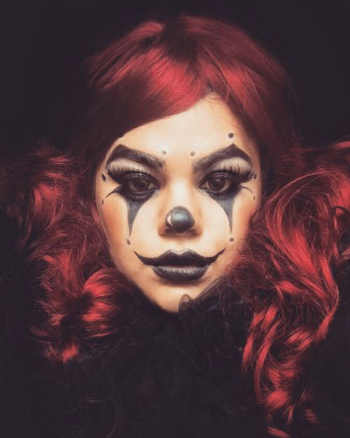 Halloween-Clown-Makeup-Looks-Ideas-For-Girls-Women-2019-8