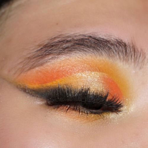 Halloween-Eye-Makeup-Ideas-Looks-For-Girls-Women-2019-12