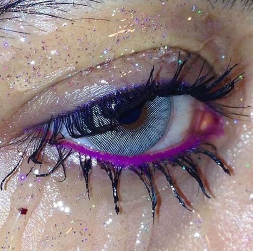 Halloween-Eye-Makeup-Ideas-Looks-For-Girls-Women-2019-13