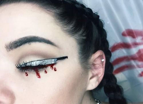 Halloween-Eye-Makeup-Ideas-Looks-For-Girls-Women-2019-4