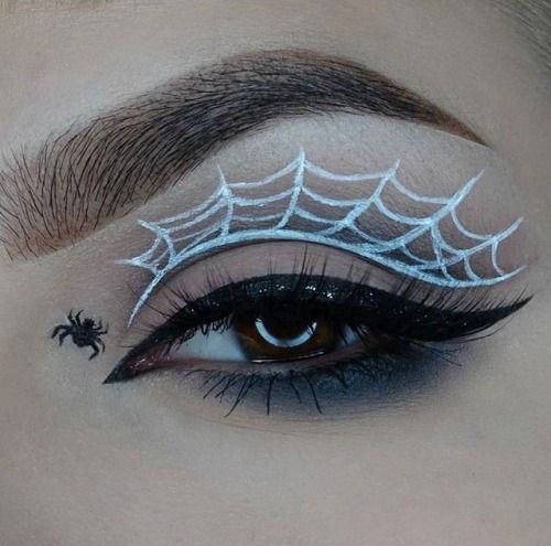 Halloween-Eye-Makeup-Ideas-Looks-For-Girls-Women-2019-6