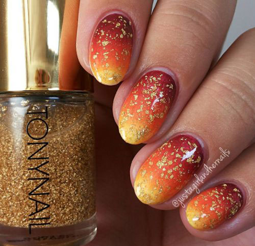Best-Autumn-Nails-Art-Designs-Ideas-2019-12