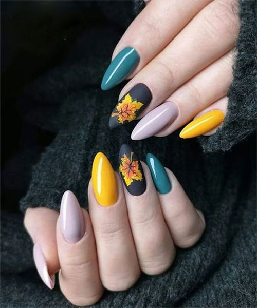 Best-Autumn-Nails-Art-Designs-Ideas-2019-16