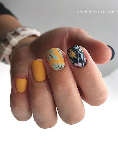Best-Autumn-Nails-Art-Designs-Ideas-2019-18