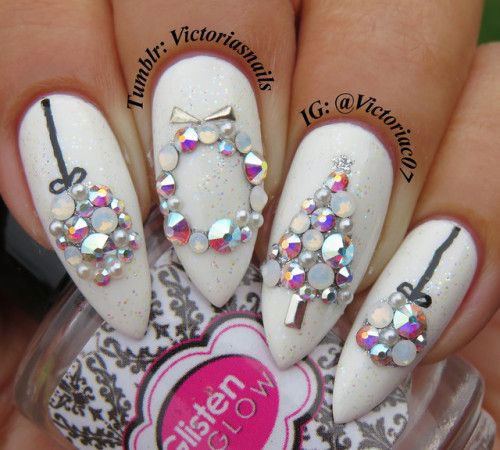 30-Christmas-Nail-Art-Designs-Ideas-2019-Xmas-Nails-6