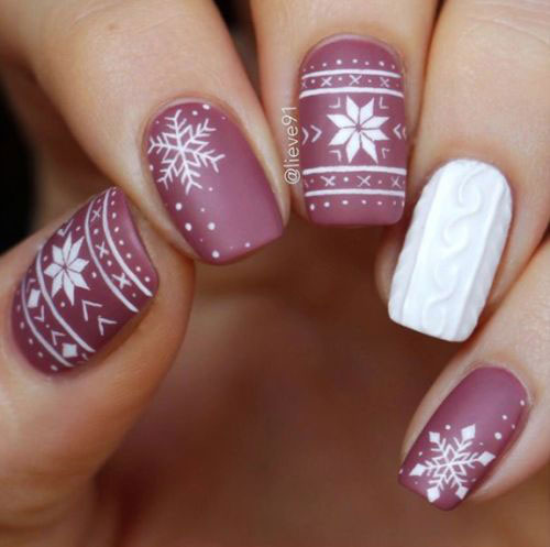 30-Christmas-Nail-Art-Designs-Ideas-2019-Xmas-Nails-7