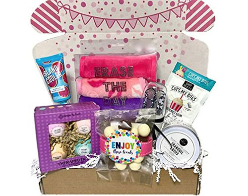Mother's-Day-Gift-Baskets-Hampers-2020-3