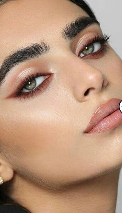 Summer-Eye-Makeup-Ideas-For-Girls-Women-2020-14