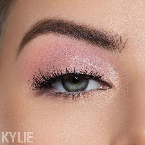 Summer-Eye-Makeup-Ideas-For-Girls-Women-2020-8
