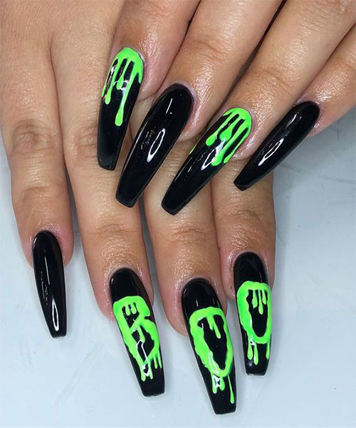 30-Scary-Halloween-Nail-Art-Designs-Ideas-2020-18
