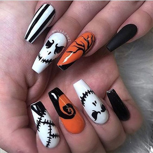30-Scary-Halloween-Nail-Art-Designs-Ideas-2020-27