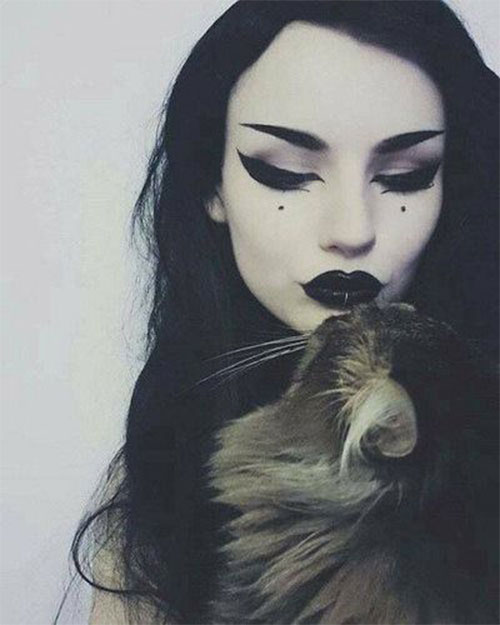 Witch-Halloween-Make-Up-Looks-2020-1