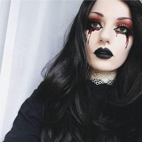Witch-Halloween-Make-Up-Looks-2020-13