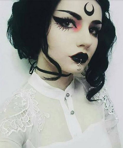 Witch-Halloween-Make-Up-Looks-2020-17
