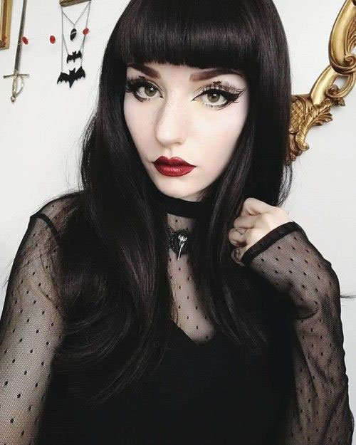 Witch-Halloween-Make-Up-Looks-2020-2