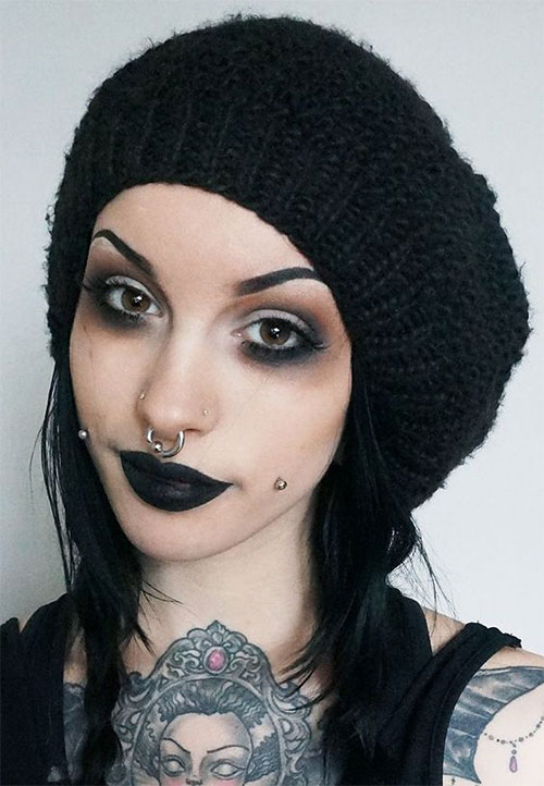 Witch-Halloween-Make-Up-Looks-2020-6
