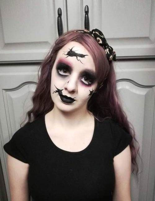 Scary-Halloween-Makeup-Looks-Ideas-2020-12