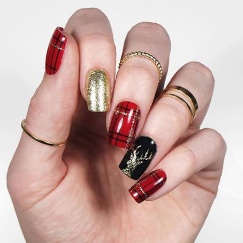 20-Christmas-Nail-Art-Ideas-2020-Xmas-Nails-7