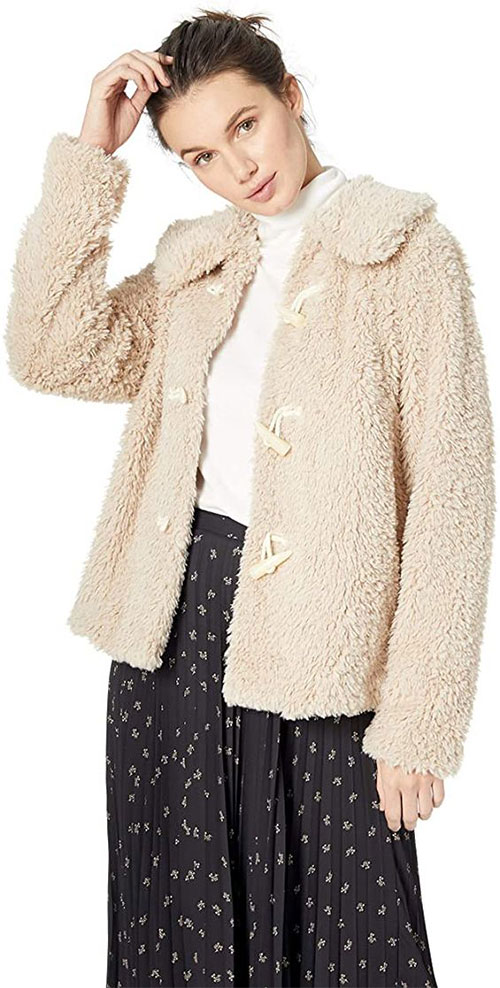 10-Winter-Jackets-Trends-For-Women-2021-Winter-Fashion-6