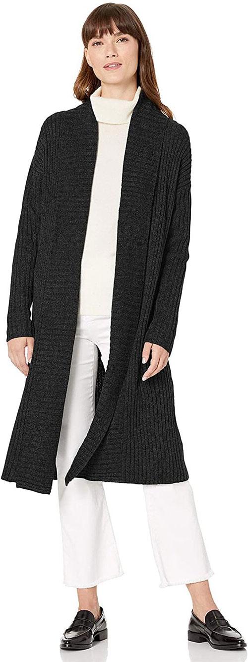 Outerwear-Trends-For-Winter-2021-Women-Winter-Jackets-12