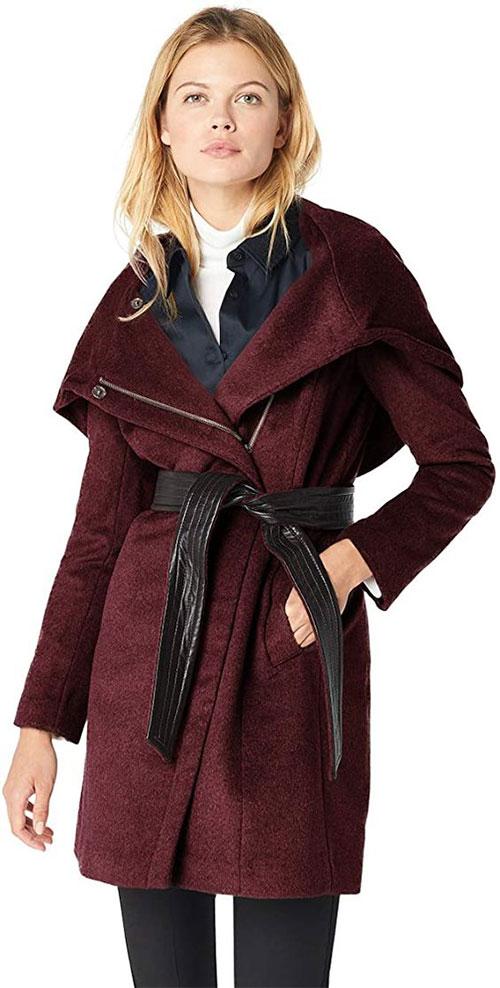 Outerwear-Trends-For-Winter-2021-Women-Winter-Jackets-4