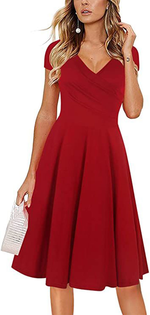 Valentine's Day-Dresses-Red-Fashion-Outfits-2021-6