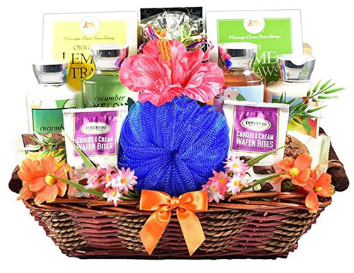 Best-Gift-Baskets-Hampers-For-Mother's-Day-2021-13