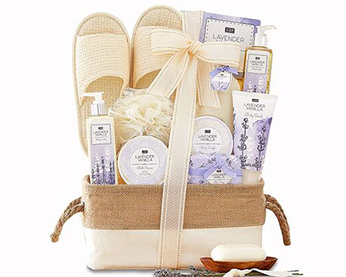 Best-Gift-Baskets-Hampers-For-Mother's-Day-2021-2
