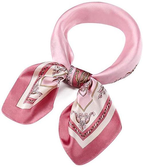 10-Trendy-Silk-Headscarves-Bandanas-Try-This-Summer-2021-1