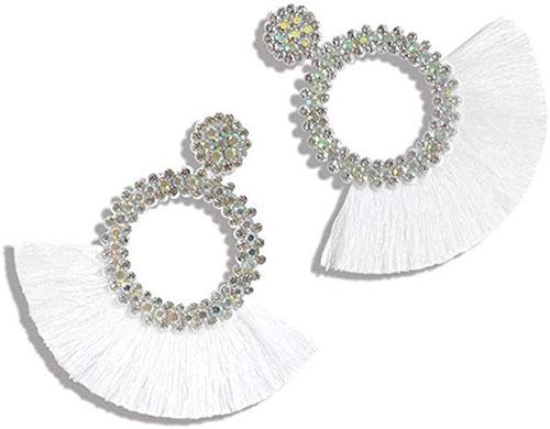 Stylish-Summer-Earrings-Trends-For-Women-2021-1