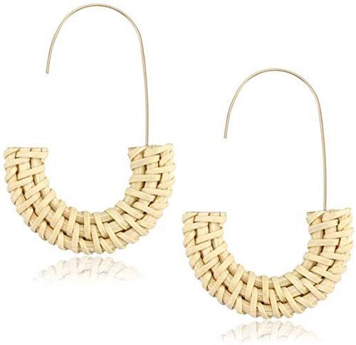 Stylish-Summer-Earrings-Trends-For-Women-2021-6