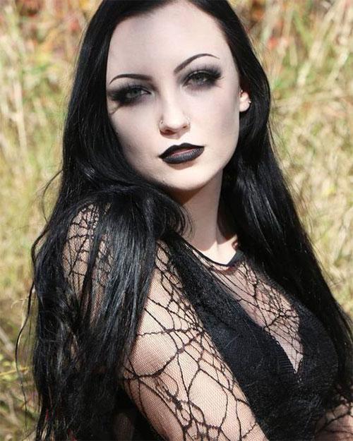 Best-Vampire-Halloween-Makeup-Looks-Trends-2021-10