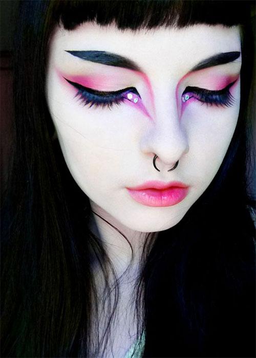 Best-Vampire-Halloween-Makeup-Looks-Trends-2021-4
