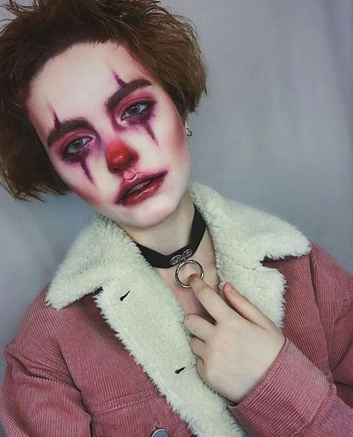 Creepy-Clown-Halloween-Makeup-Looks-2021-10