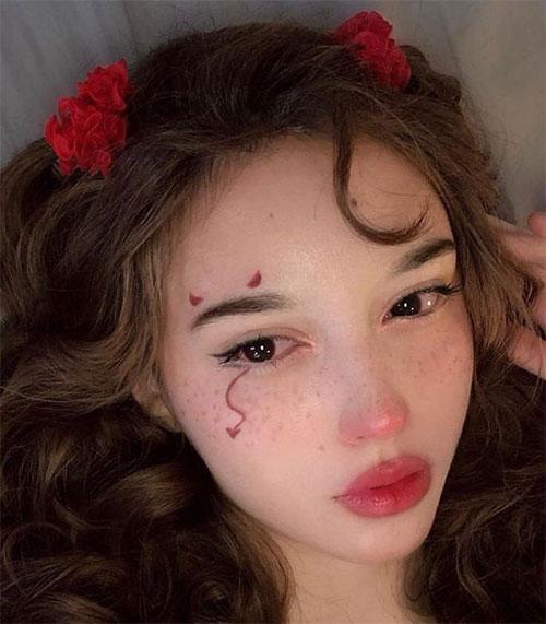 Easy-Last-Minute-Halloween-Makeup-Looks-Ideas-2021-7