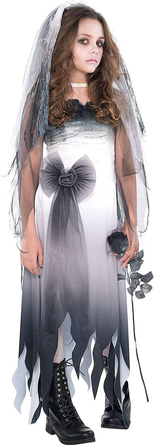 Scary-Horror-Halloween-Costumes-Ideas-2021-4