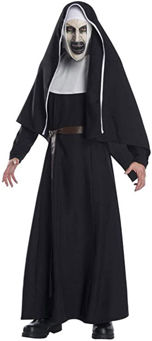 Scary-Horror-Halloween-Costumes-Ideas-2021-7