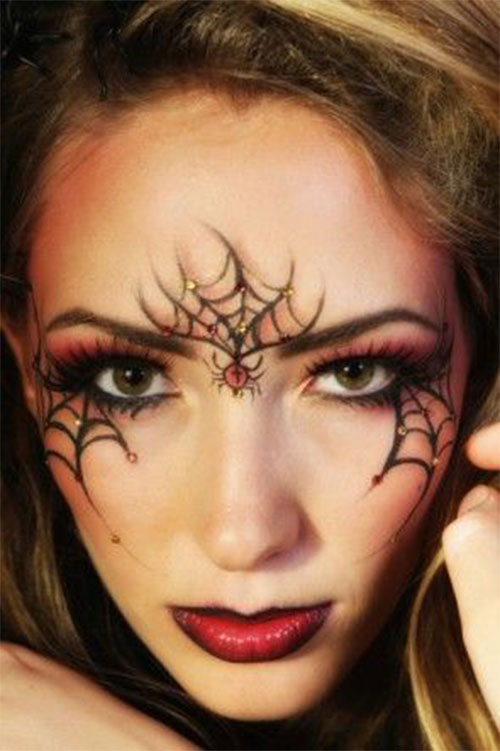 Witch-Halloween-Make-Up-Looks-Ideas-2021-17