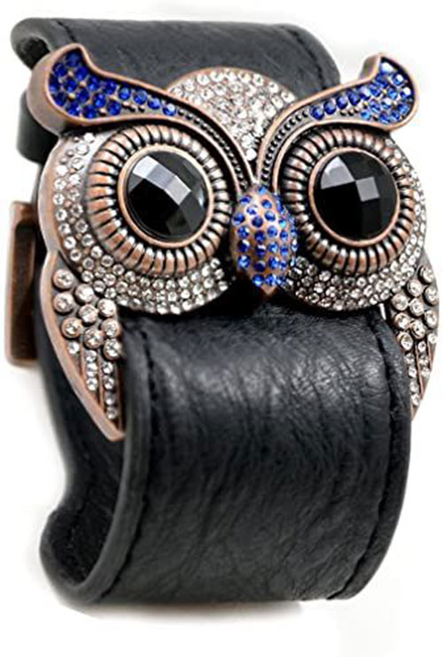 Perfect-Spooky-Jewelry-To-Wear-This-Halloween-2021-12