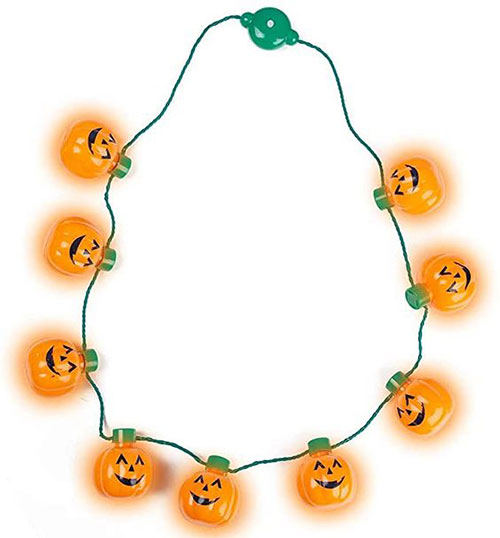 Perfect-Spooky-Jewelry-To-Wear-This-Halloween-2021-13